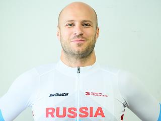 デニス・ドミトリエフ選手
